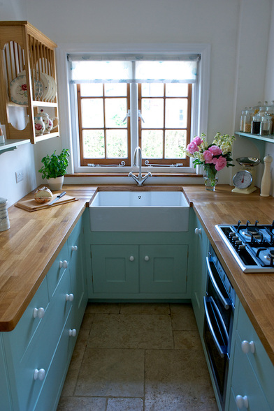 Barnes of Ashburton designed this small kitchen that lacks for nothing