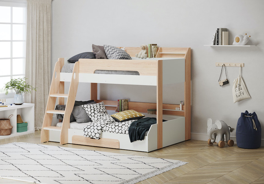 What age can a child sleep on a top bunk